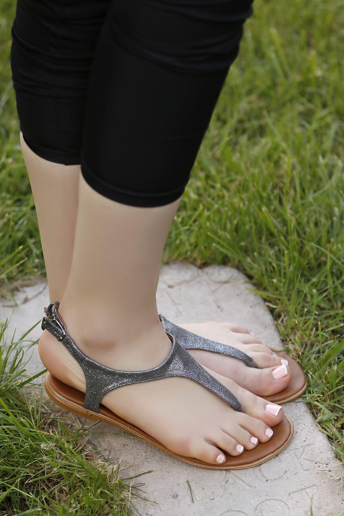 Parmak Arası Sandalet Simlifüme - 4194.264.