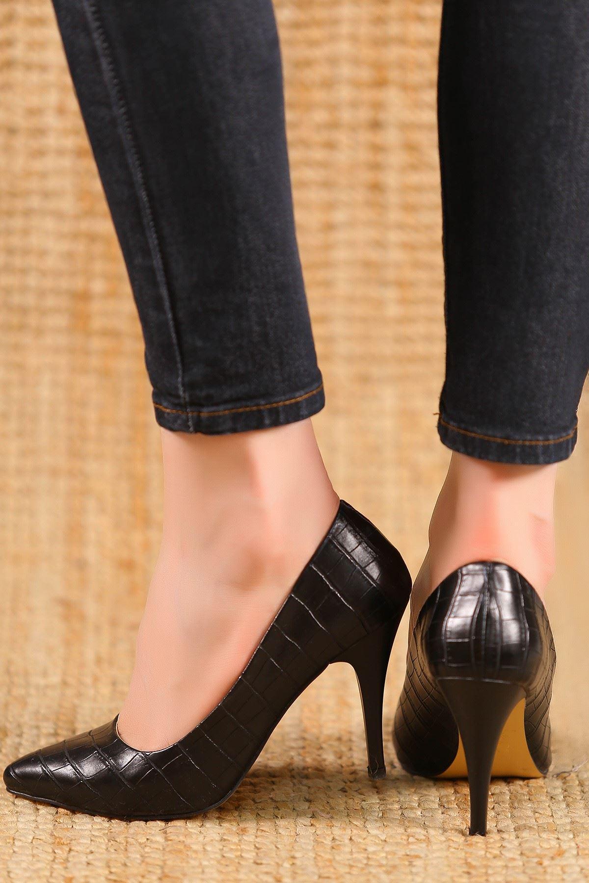 9Cm Topuklu Ayakkabı Krokosiyah - 5177.264.