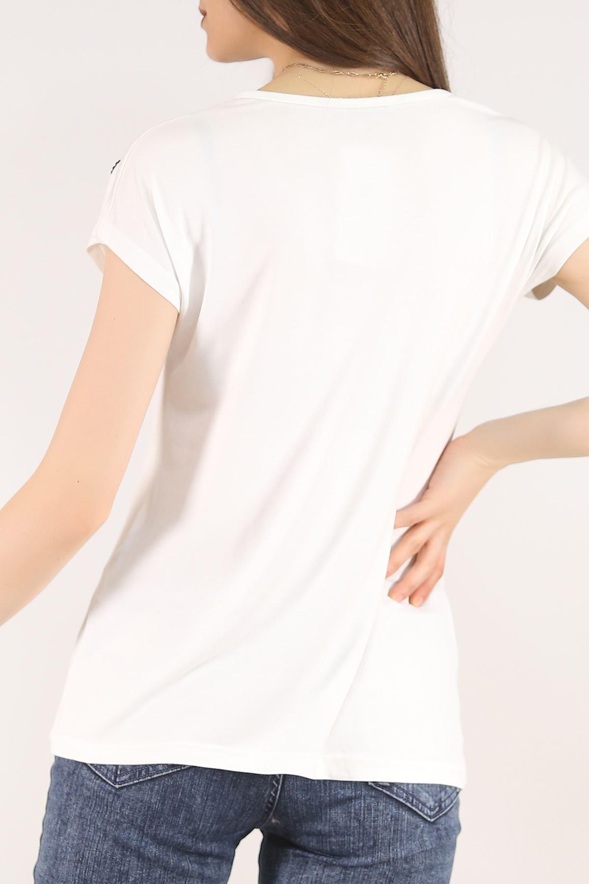 Pul Detaylı Tişört Beyaz - 5541.599.