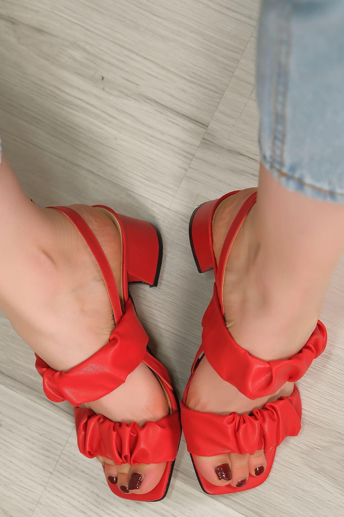 5 Cm Topuklu Ayakkabı Kırmızı - 5620.1370.