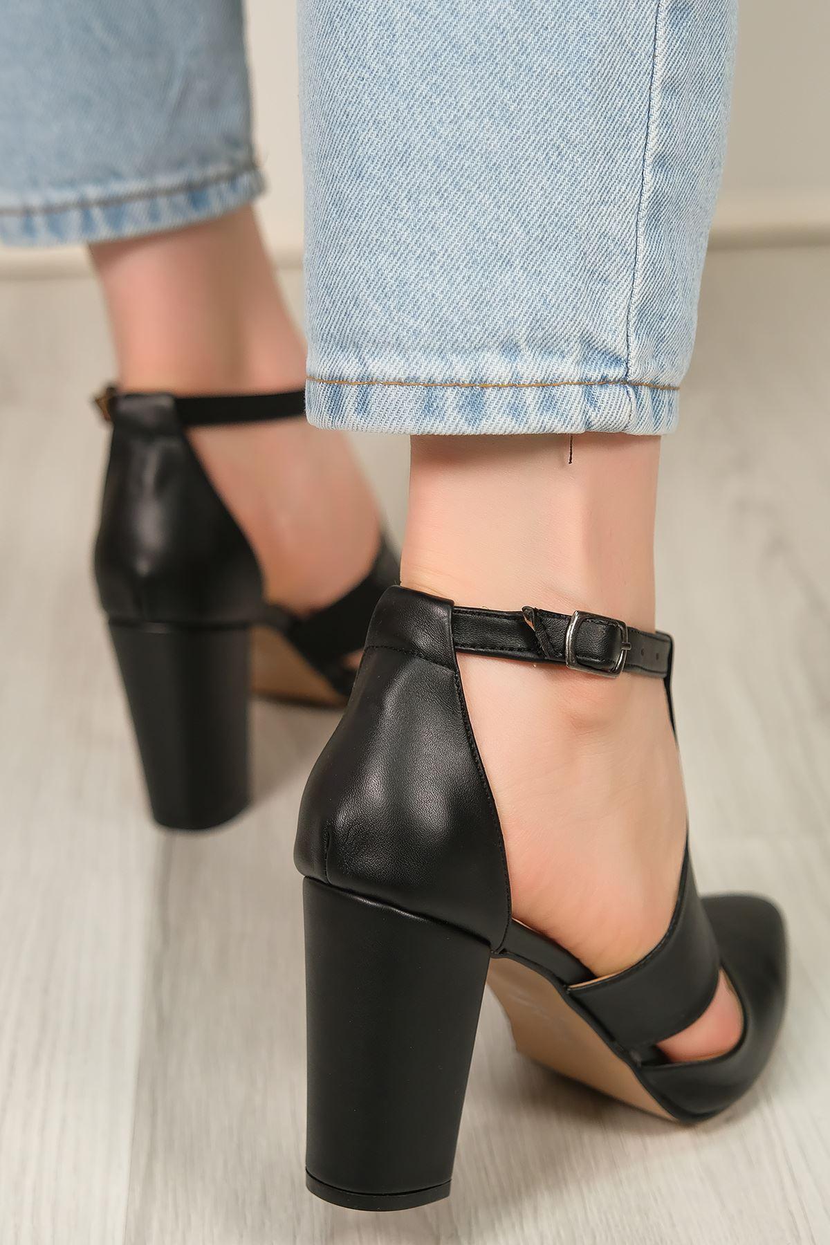 9 Cm Topuklu Ayakkabı Siyahderi - 5634.1371.