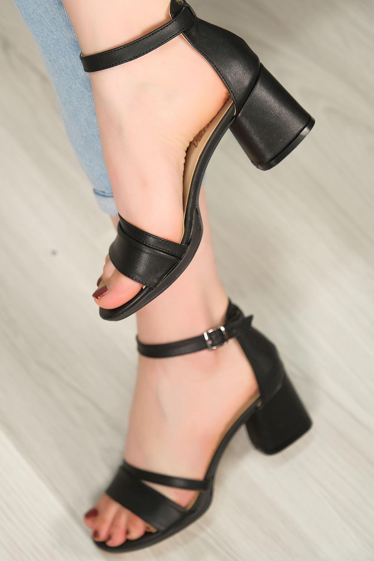 6 Cm Topuklu Ayakkabı Siyahderi - 5643.264.