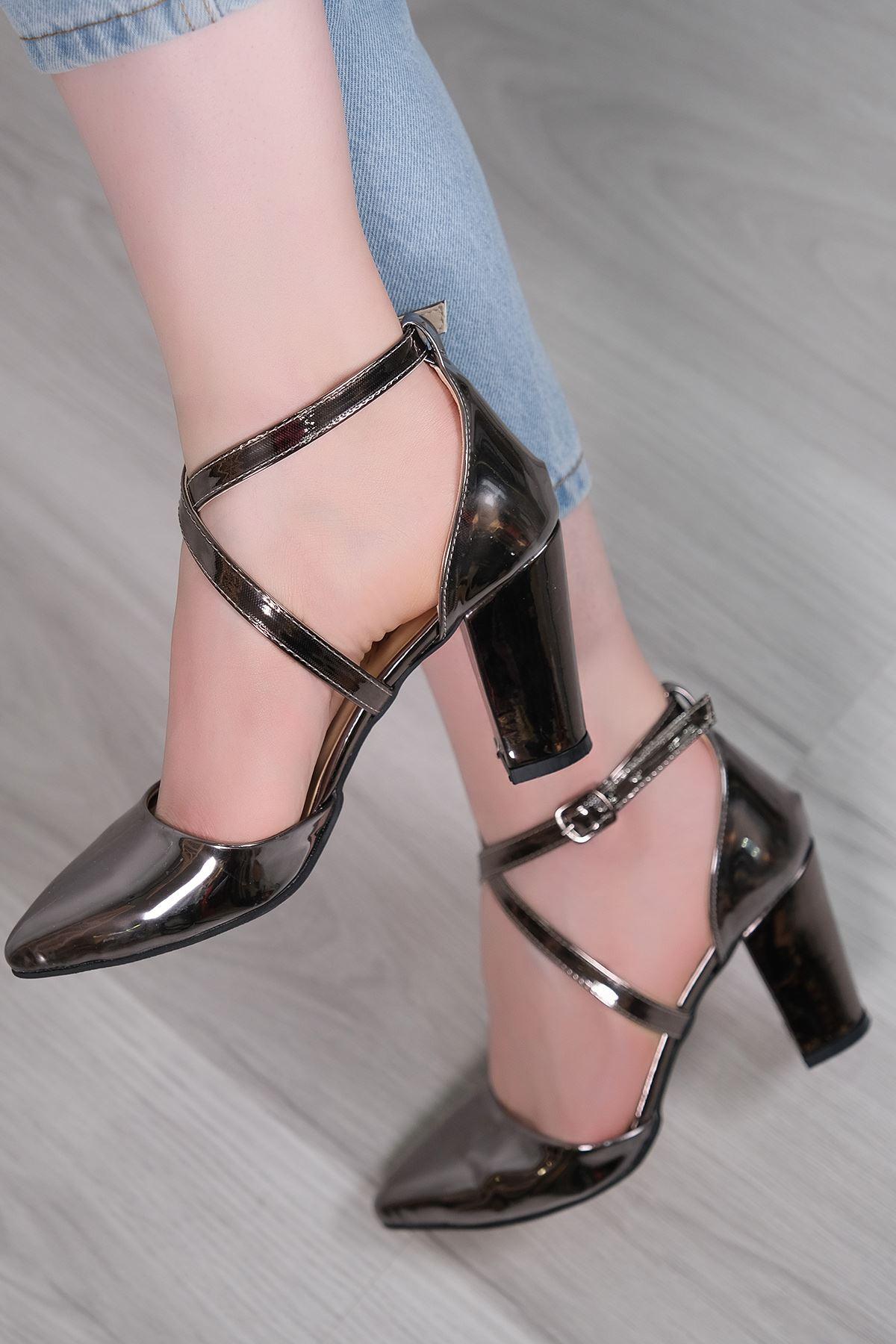7 Cm Topuklu Ayakkabı Platin - 5179.264.