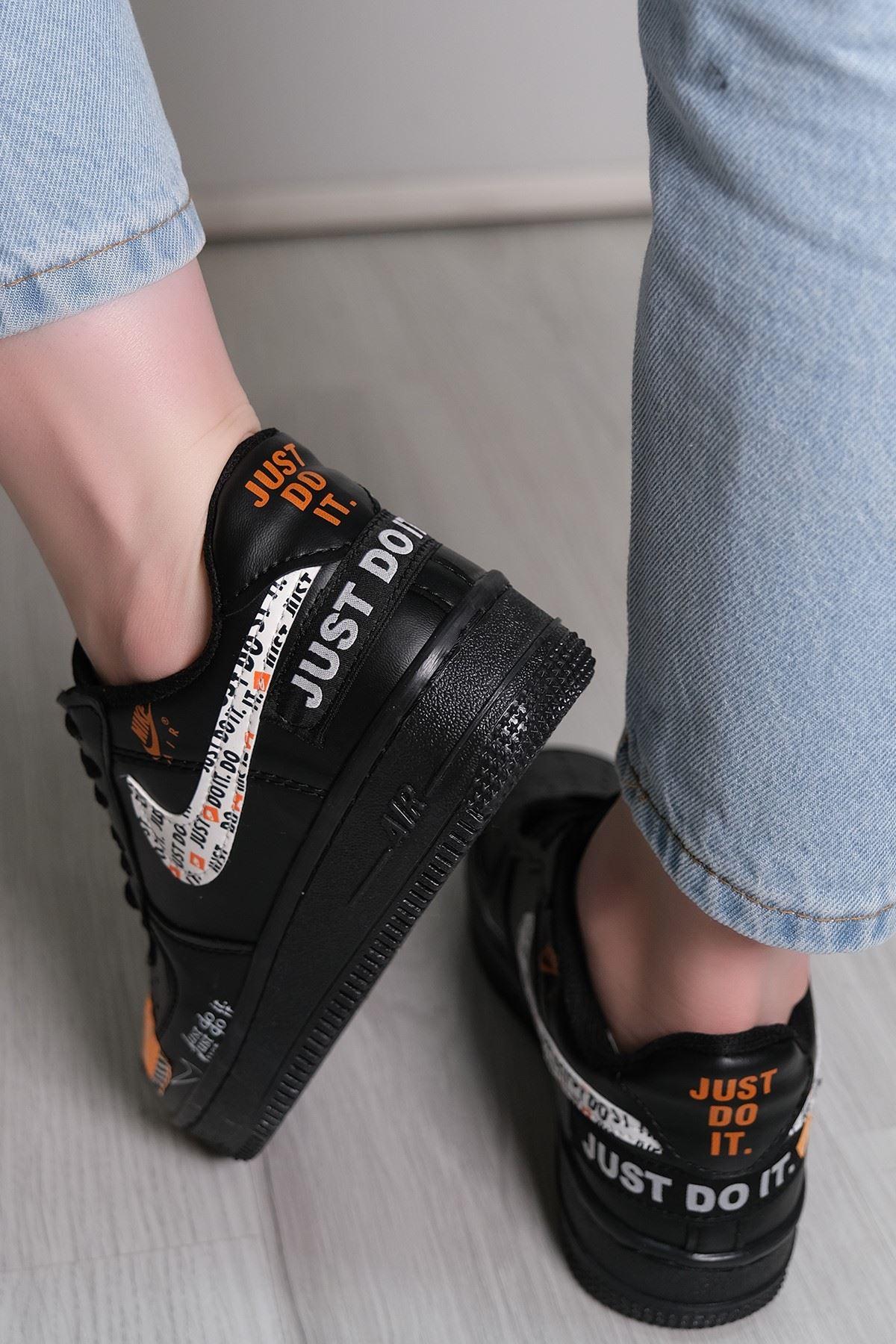Kalın Taban Spor Ayakkabı 01 - 5779.1132.