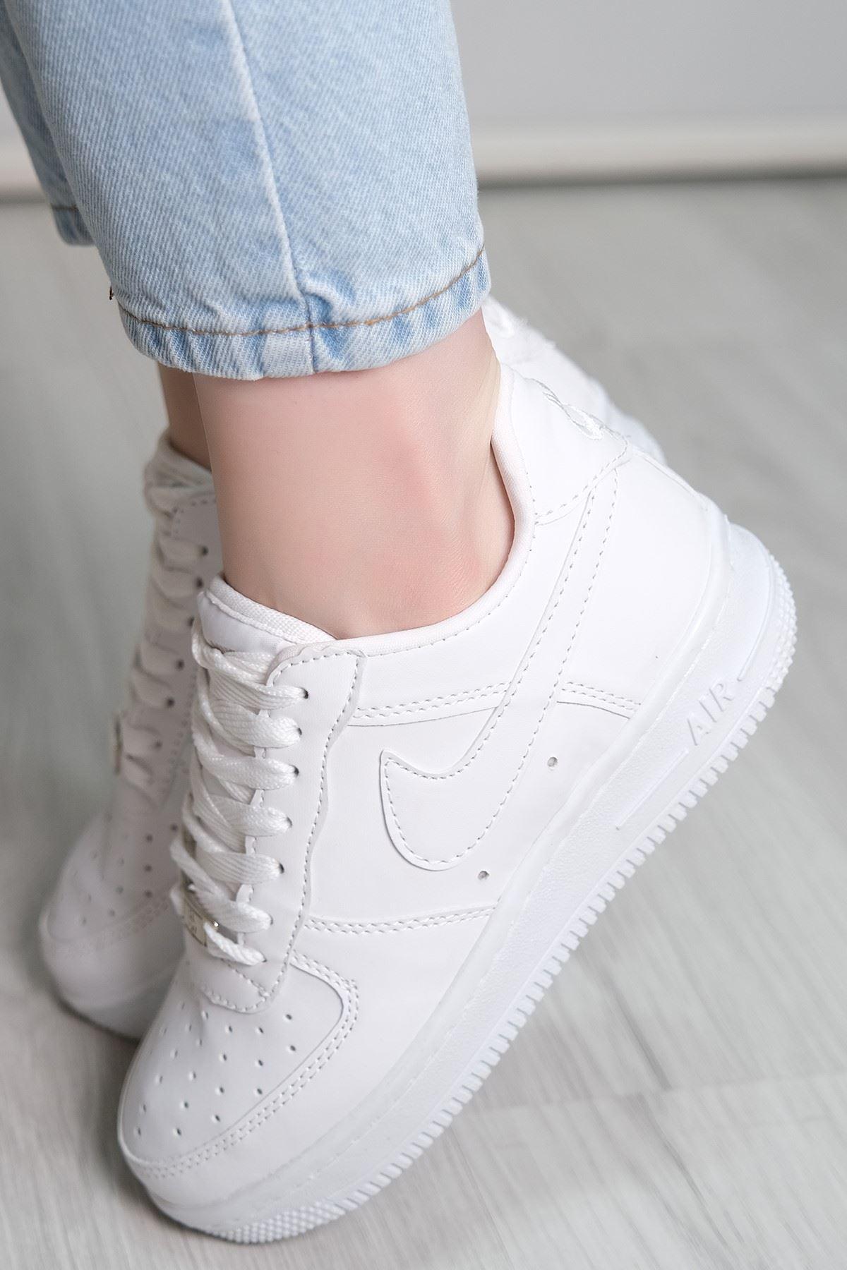 Kalın Taban Spor Ayakkabı Beyaz - 5779.1132.