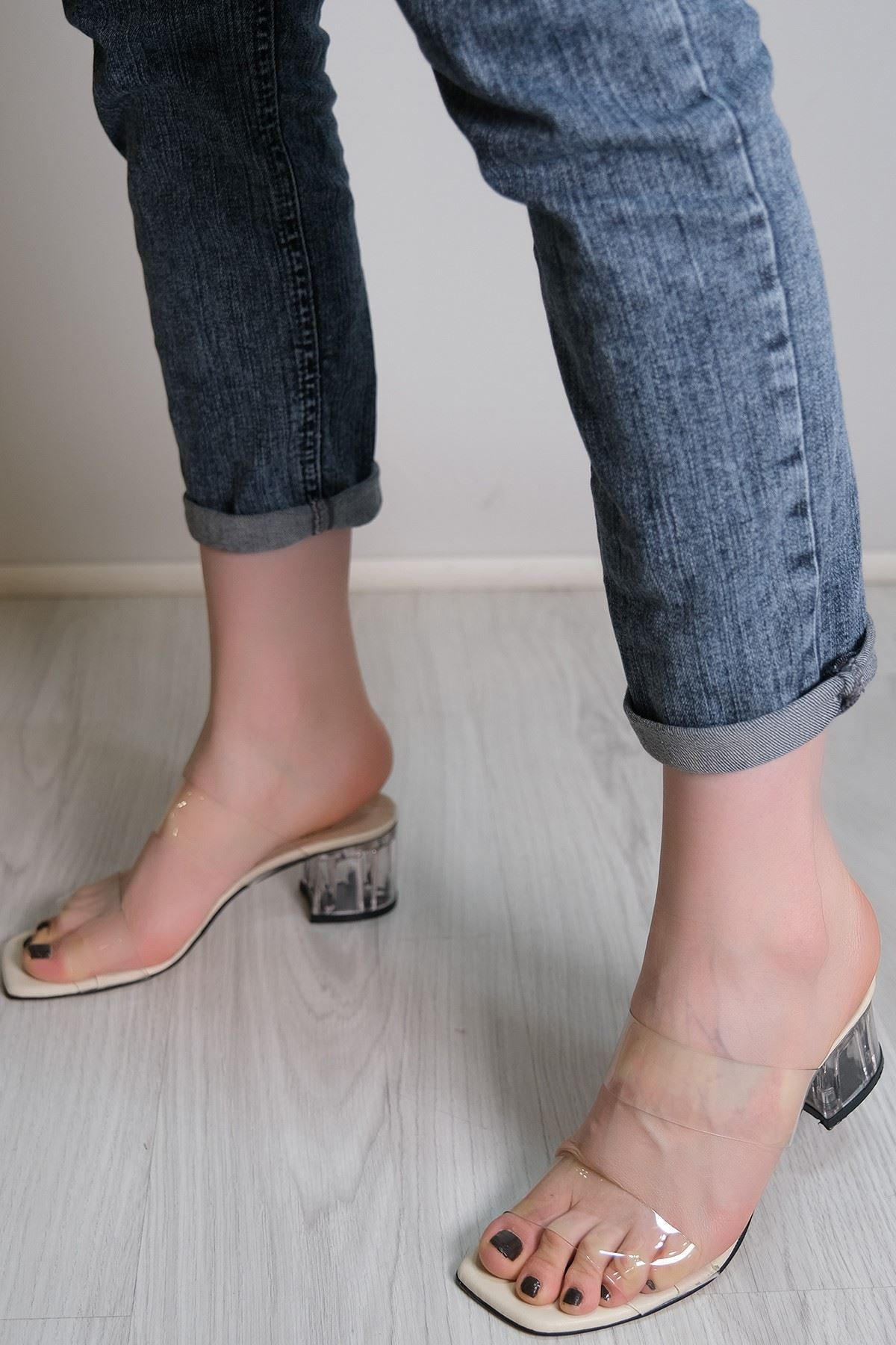 5 Cm Şeffaf Topuklu Ayakkabı Krem - 5782.264.