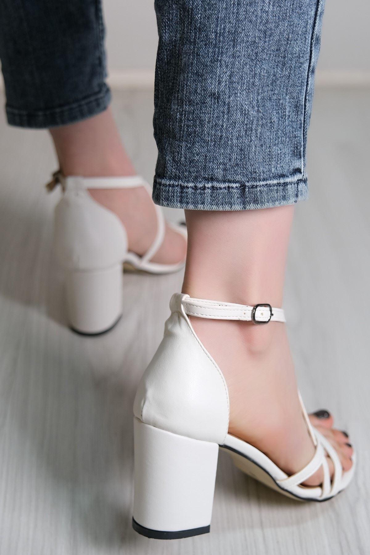 7 Cm Topulu Ayakkabı Beyaz - 5786.264.