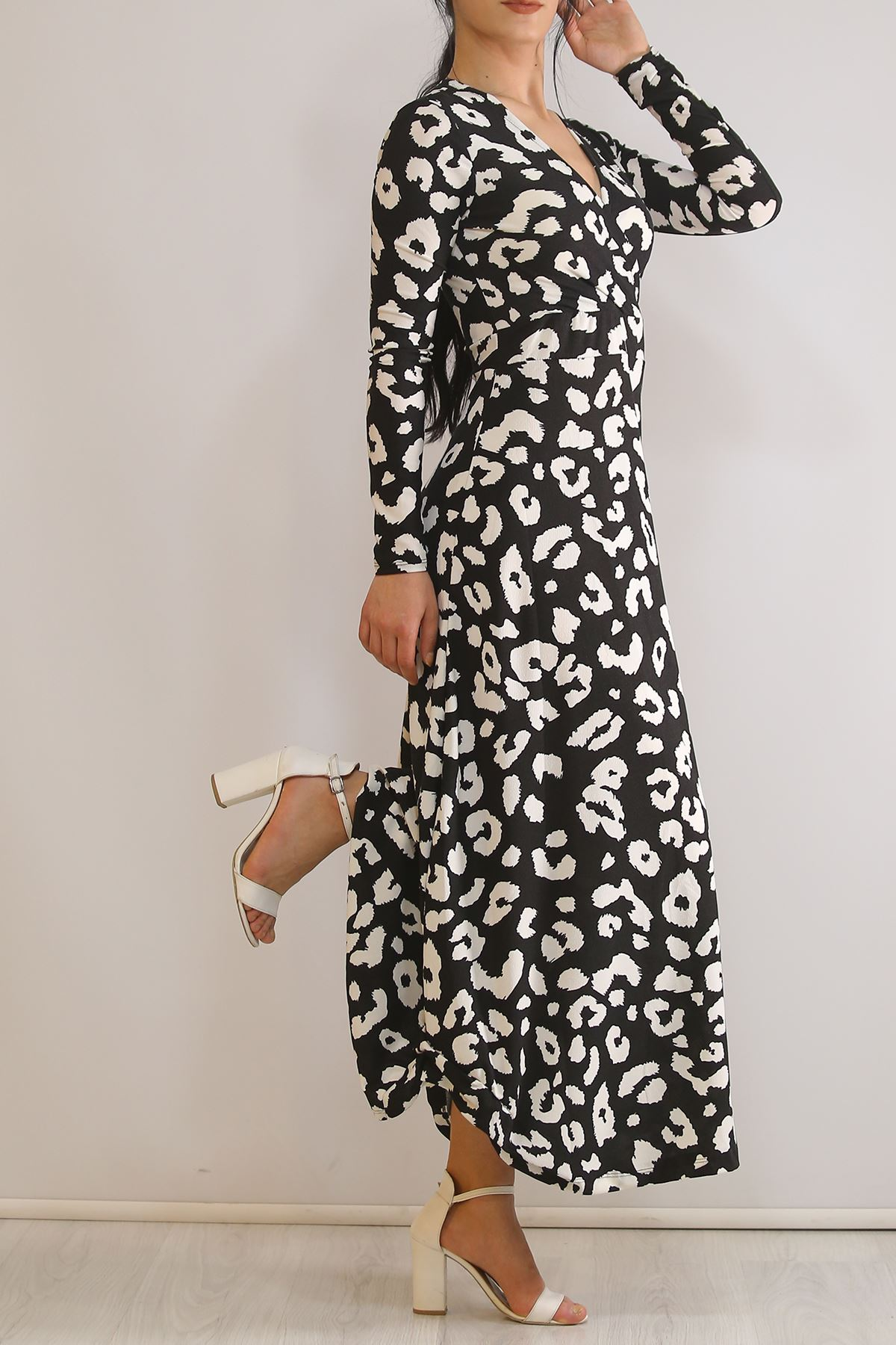 Çiçekli Elbise Beyazdesenli - 4987.716.