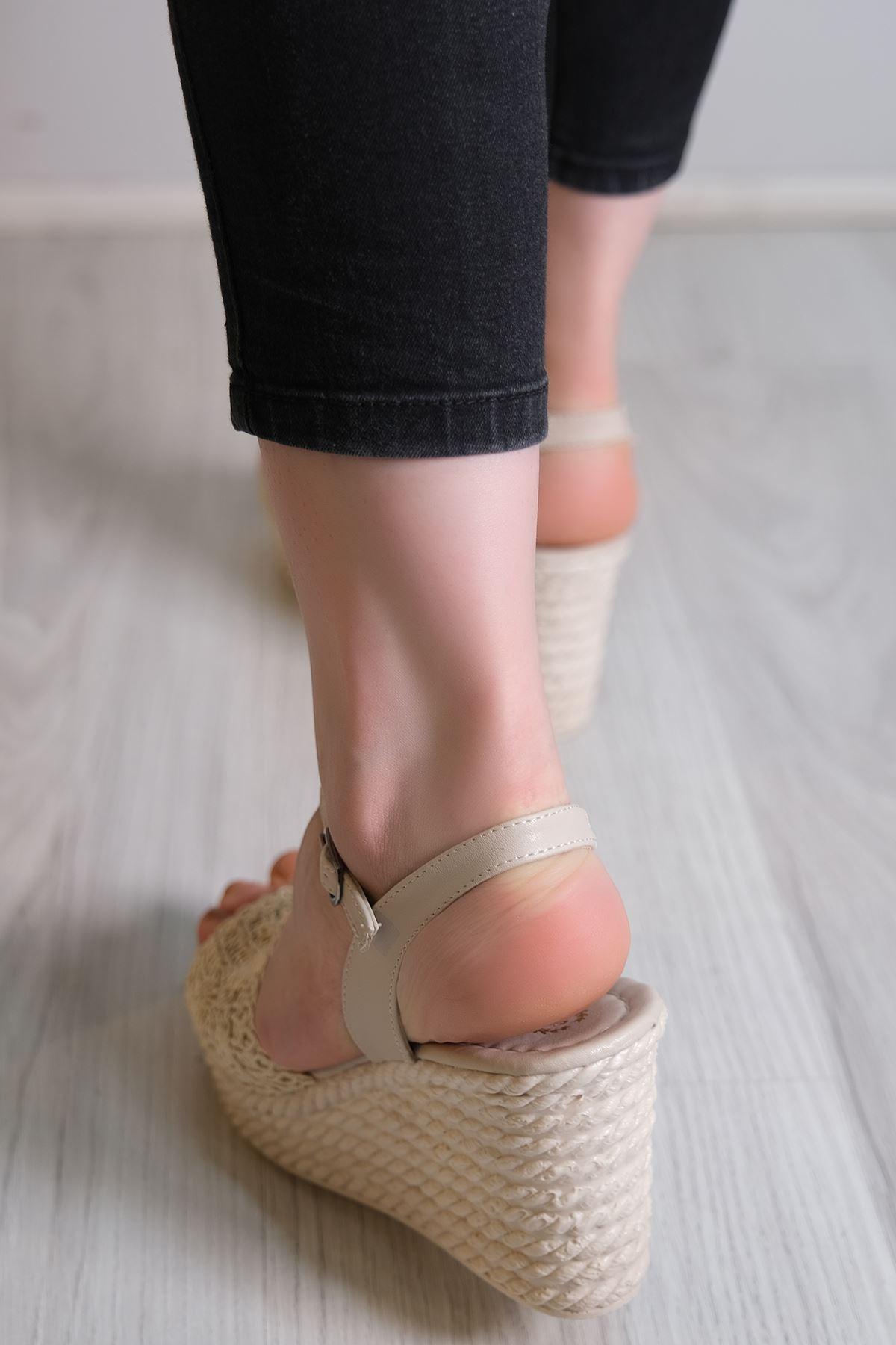 Kalın Topuklu Ayakkabı Ten - 6102.264.